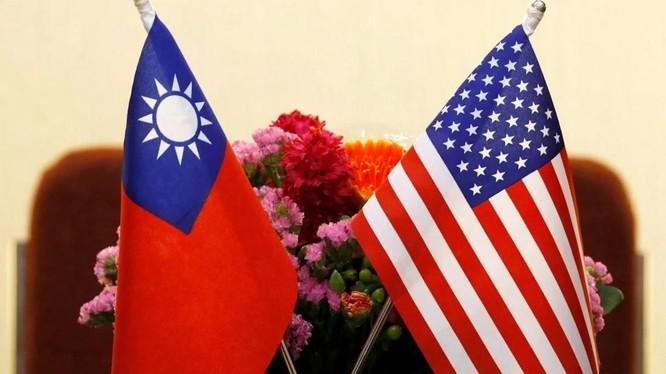 Bộ Ngoại giao Mỹ ra hướng dẫn mới khuyến khích quan hệ với giới chức Đài Loan (Ảnh: Reuters)