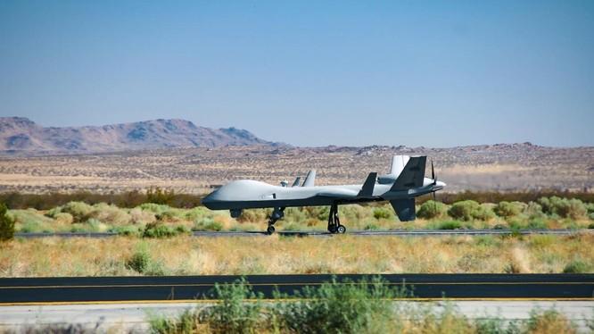 Mẫu MQ-9B SkyGuardiancủa Mỹ tại Gray Butte, California (Ảnh: Defense News)