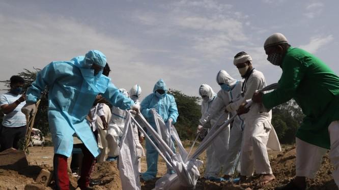 Đại dịch COVID-19 diễn biến nghiêm trọng ở một số quốc gia (Ảnh: Al-Jazeera)
