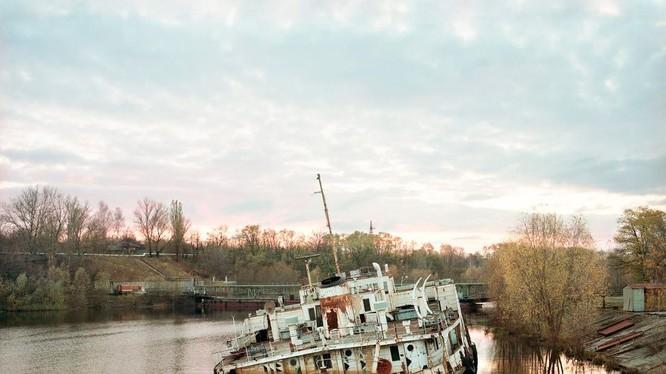 Khu vực 1.000 dặm vuông xung quanh Vùng loại trừ Chernobyl vẫn không có người ở (Ảnh: CNN)