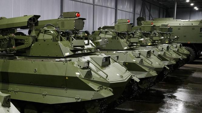 Hệ thống chiến đấu tự động Uran-9 của Nga (Ảnh: RT)