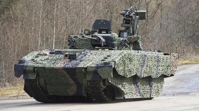 Một phiên bản mẫu thử nghiệm của Ajax được chụp ở Wales vào ngày 4/3/2016 (Ảnh: RT)