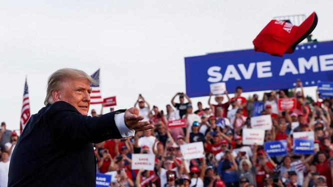 Ông Donald Trump tại sự kiện ở Ohio (Ảnh: Reuters)