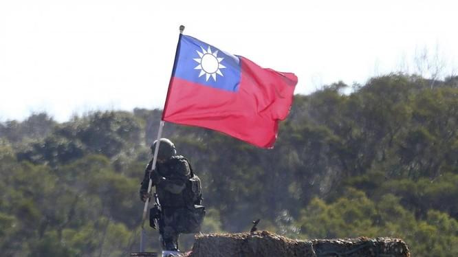 Sách trắng quốc phòng Nhật Bản kêu gọi chú ý sát sao tình hình Đài Loan với cảm giác khủng hoảng (Ảnh: AP)