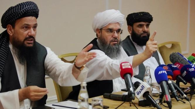 Đại diện Taliban tới thăm Nga (Ảnh: KP)