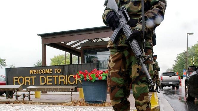 Thời báo Hoàn cầu nghi ngờ rằng phòng thí nghiệm ở Fort Detrick, Maryland, Mỹ có thể là nơi khởi nguồn của COVID-19 (Ảnh: GlobalTimes)