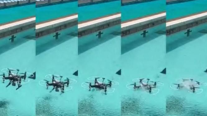Mẫu drone Trung Quốc đang phát triển liên tục lặn ngụp xuống nước và bay lên không mà vẫn hoạt động bình thường (Ảnh: SCMP)