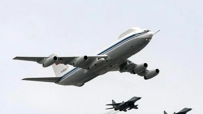 """Mẫu máy bay đang được phát triển sẽ thay thế cho máy bay """"Tận thế"""" Il-80 đã cũ của Nga (Ảnh: AFP)"""