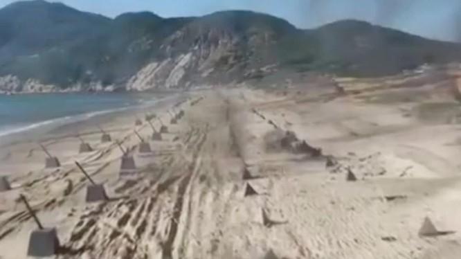 Quân đội Trung Quốc tập trận đánh chiến đảo, nhằm tăng cường sẵn sàng chiến đấu (Ảnh: CCTV)