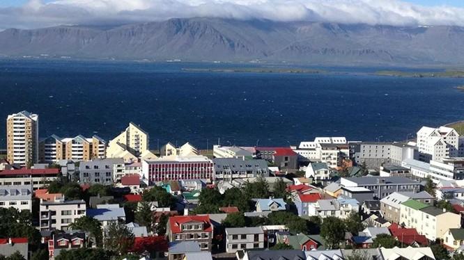 Iceland đã phải áp dụng lại các biện pháp hạn chế ngăn COVID-19 sau khi số ca nhiễm tăng đột biến (Ảnh: Sputnik)