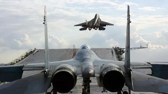Máy bay tiêm kích tàng hình của Nga sẽ có khả năng cất,hạ cánh theo phương thẳng đứng (Ảnh: RIA Novosti)