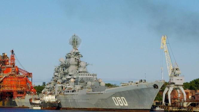 Tàu Đô đốc Nakhimov của Nga sắp tái xuất sau quá trình đại tu (Ảnh: TASS)