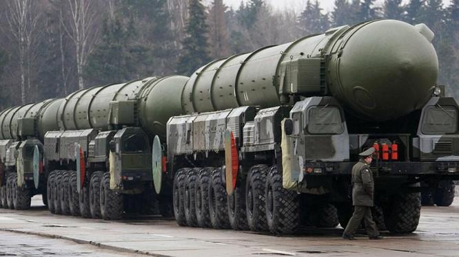 Tên lửa Topol đang dần cũ kỹ của Nga sẽ được thay thế bằng các lại tên lửa hiện đại hơn (Ảnh: Sputnik)