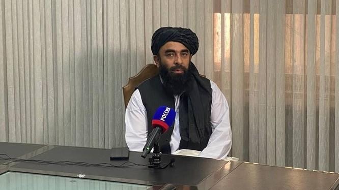 Zabihullah Mujahid, một thủ lĩnh của Taliban (Ảnh: RT)