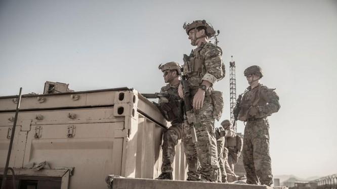 Quân đội Mỹ ở Afghanistan liên tục chặn đứng các âm mưu tấn công sân bay Kabul (Ảnh: Reuters)