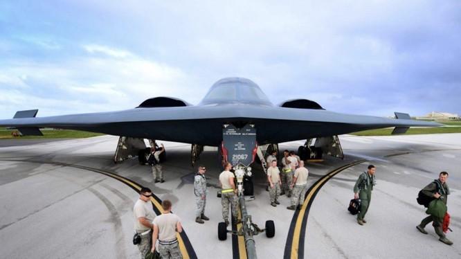 Máy bay ném bom tàng hình B-2 Spirit của quân đội Mỹ (Ảnh: US Air Force)