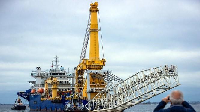Dự án Nord Stream 2 bị đình trệ khá lâu do hứng đòn trừng phạt của Mỹ (Ảnh: KP.ru)
