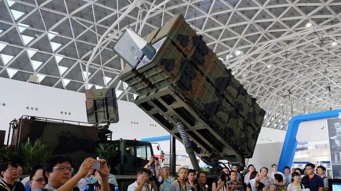 Tên lửa Hsiung Feng III của Đài Loan trong một cuộc triển lãm năm 2016 (Ảnh: AFP)