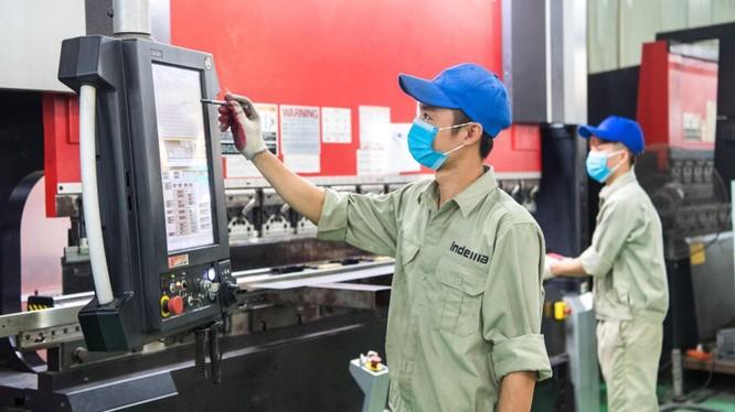 Hỗ trợ chuyển đổi số toàn diện để nâng cao hiệu quả hoạt động sản xuất kinh doanh. Ảnh: Bộ KH&ĐT.
