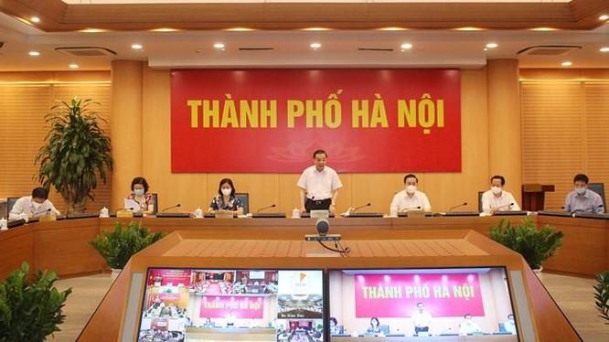 Chủ tịch UBND Thành phố Chu Ngọc Anh phát biểu tham luận tại Hội nghị. Ảnh: Cổng TTĐT Hà Nội.