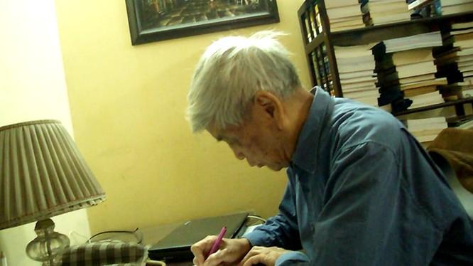 Nhà thơ Việt Phương