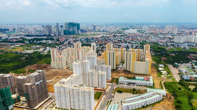 Nhiều công trình mọc lên ven sông Sài Gòn