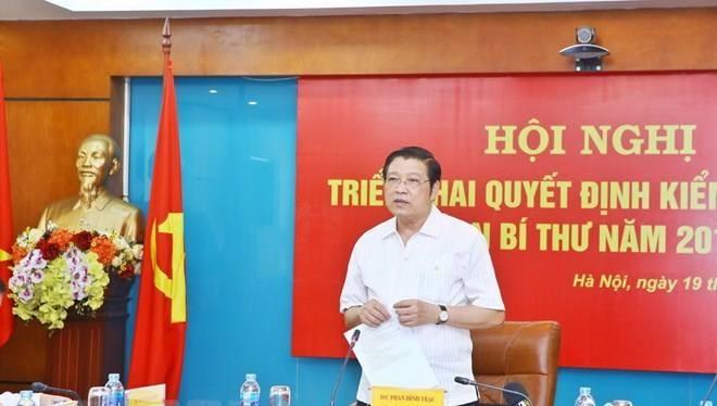 Ông Phan Đình Trạc phát biểu tại buổi kiểm tra (Ảnh: TTXVN)