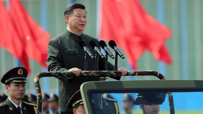 Chủ tịch Quân ủy Trung ương Tập Cận Bình thúc đẩy mạnh chính sách quân đội chính quy, không buôn bán.