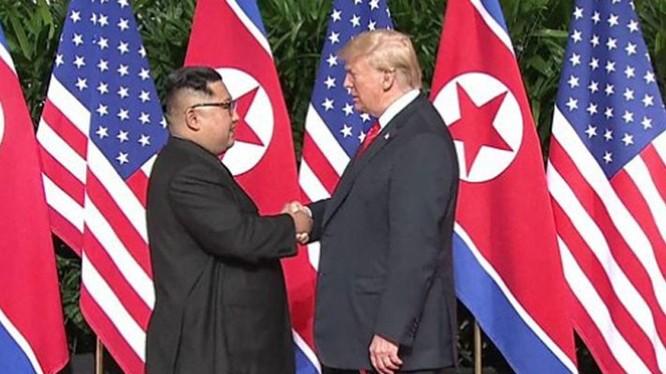Cuộc gặp lịch sử giữa TT Trump và nhà lãnh đạo Triều Tiên Kim Jong Un.
