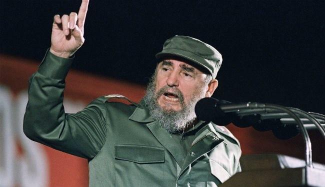 """Fidel: """"Dân tộc Việt Nam là tấm gương phi thường nhất về chủ nghĩa anh hùng""""."""