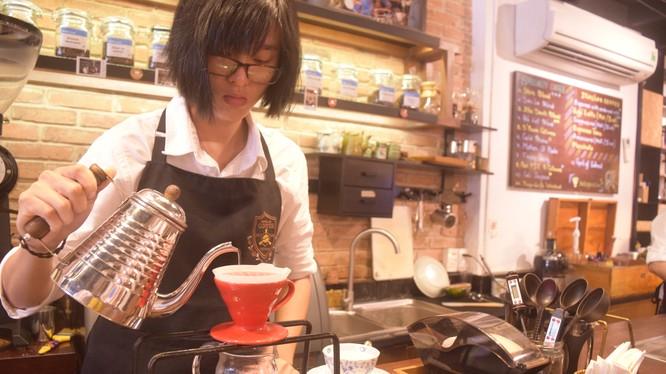Pha cà phê là một nghệ thuật (Ảnh HB)