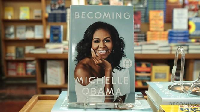 """Ngay khi """"Becoming"""" ra đời đã được đón nhận tới 3 triệu bản trên toàn thế giới."""