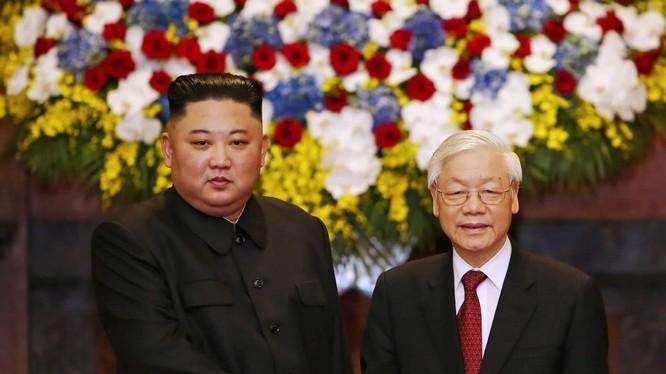 ổng Bí thư, Chủ tịch nước Nguyễn Phú Trọng và Chủ tịch Triều Tiên Kim Jong Un,