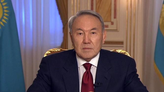 Tổng thống Nazarbayev tuyen bố từ chức sau 29 năm cầm quyền.