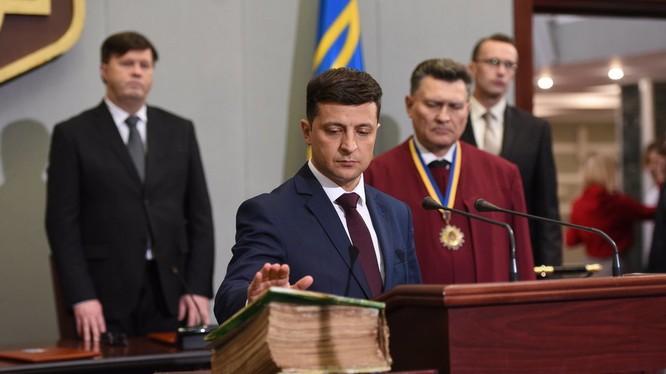 Ngày 3/6/2019 ông Zelenskiy sẽ đăng quang Tổng thống Ukraina.