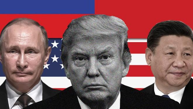 """Với việc """"tọa sơn quan hổ đấu"""" này, liệu chú """"gấu"""" Nga có bao nhiêu phần trăm trong cái thị trường thương mại mà hai chú """"hổ"""" (Mỹ- Trung) đấu nhau bỏ trống?"""