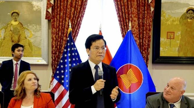 """Đại sứ Hà Kim Ngọc: """"Trọng tâm của Việt Nam khi nắm chức chủ tịch ASEAN là xây dựng cơ sở hạ tầng' để tăng cường kết nối, trong đó có việc thực hiện Kế hoạch Hành động Hà Nội cho Đại khu vực Mekong""""."""