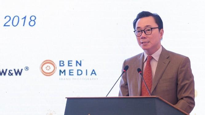 Đại sứ Phạm Sanh Châu.