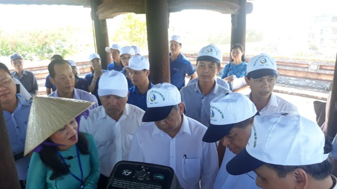 Bộ trưởng Bộ KH&ĐT Nguyễn Chí Dũng tham dự lễ khánh thành Quán Tượng Đài.
