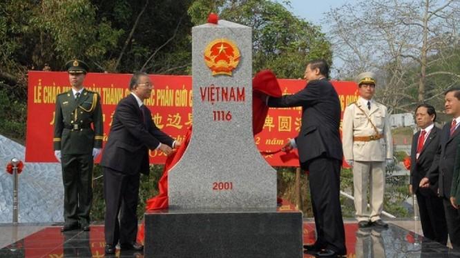 Xây dựng đường biên giới Việt Nam - Trung Quốc hòa bình