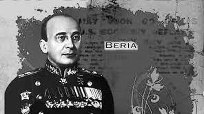 Trùm KGB Beria
