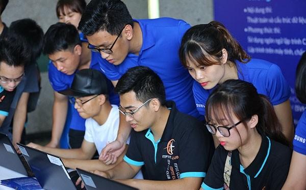 Các thí sinh tham sự cuộc thi