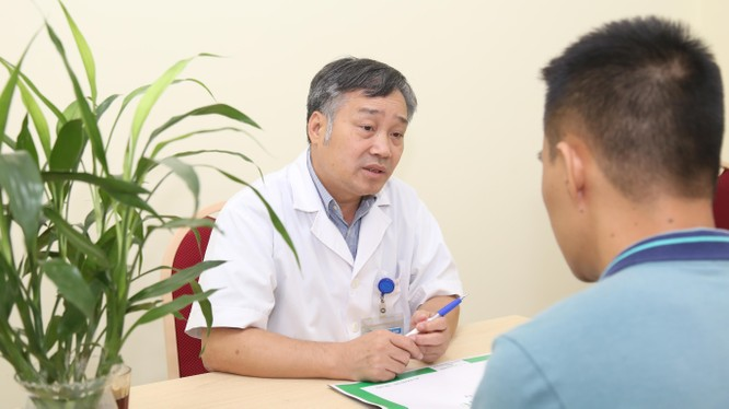 TS. Đỗ Tuấn Anh - Trưởng khoa Phẫu thuật Gan mật, Bệnh viện Hữu nghị Việt Đức.