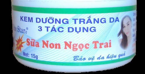 Kem dưỡng trắng da 3 tác dụng sữa non ngọc trai