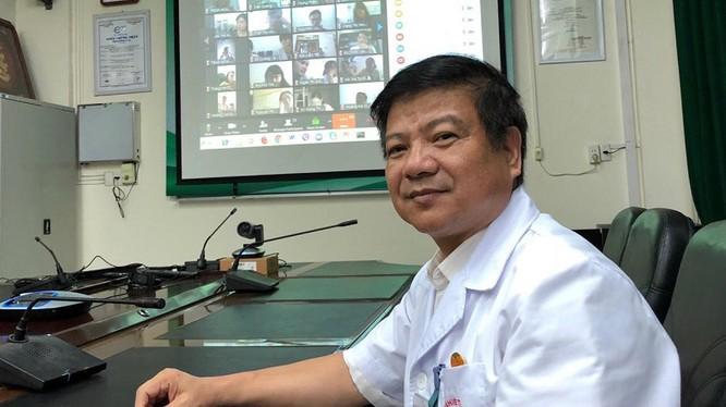 GS. TS. Nguyễn Văn Kính – nguyên Giám đốc Bệnh viện Bệnh Nhiệt đới Trung ương. Ảnh: Ngọc Quang