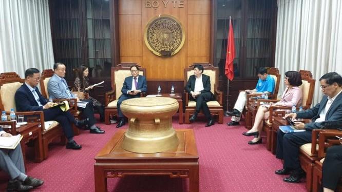 Việt Nam cùng chia sẻ kinh nghiệm phòng chống dịch COVID-19 với Hàn Quốc. Ảnh: BYT