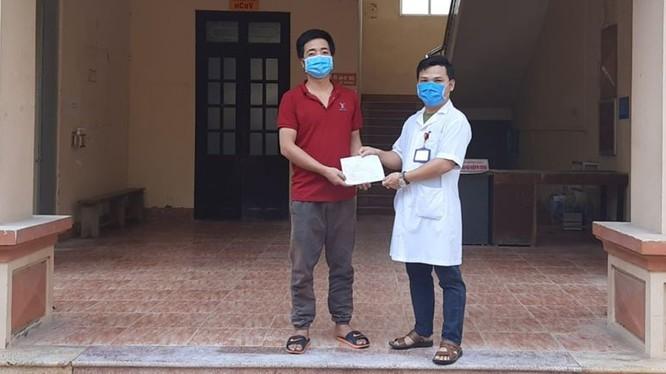 Bệnh nhân 170 mắc COVID-19 đã khỏi bệnh. Ảnh: Phạm Hằng