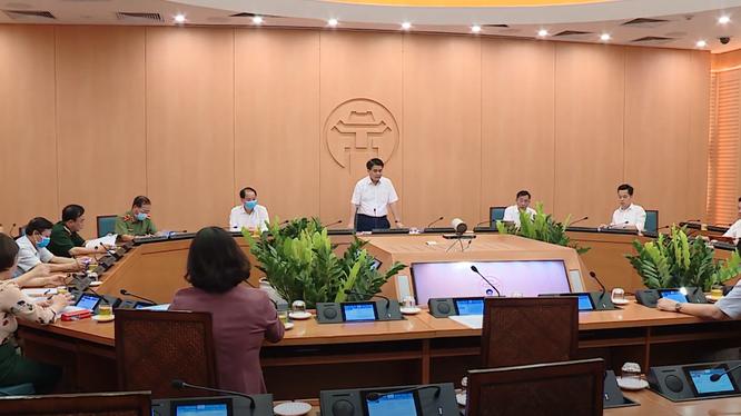 Hà Nội họp Ban Chỉ đạo phòng, chống dịch COVID-19. Ảnh: MT