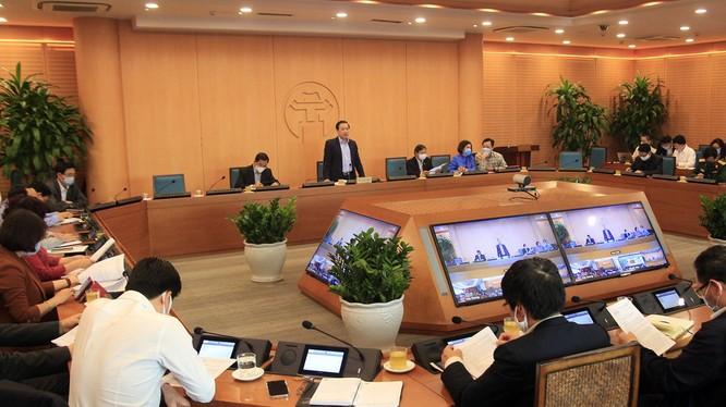 UBND TP. Hà Nội họp trực tuyến về công tác phòng, chống dịch COVID-19 (Ảnh - Phú Khánh)