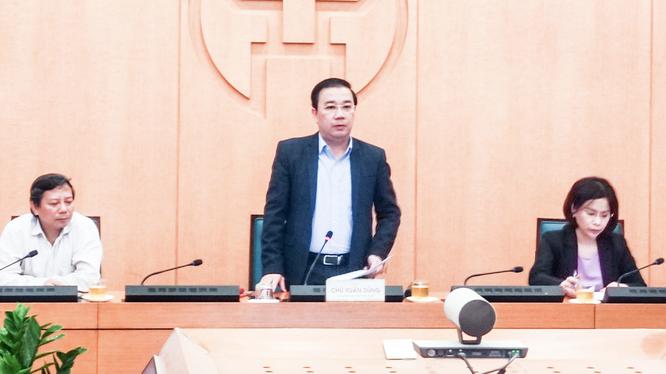 Ông Chử Xuân Dũng - Phó Chủ tịch UBND TP. Hà Nội - chủ trì cuộc họp Ban Chỉ đạo phòng, chống dịch COVID-19 TP. Hà Nội (Ảnh - Phú Khánh)